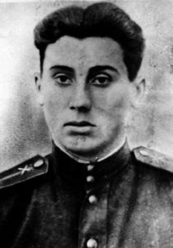 Герои Советского Союза. Евгений Андреевич Зикран