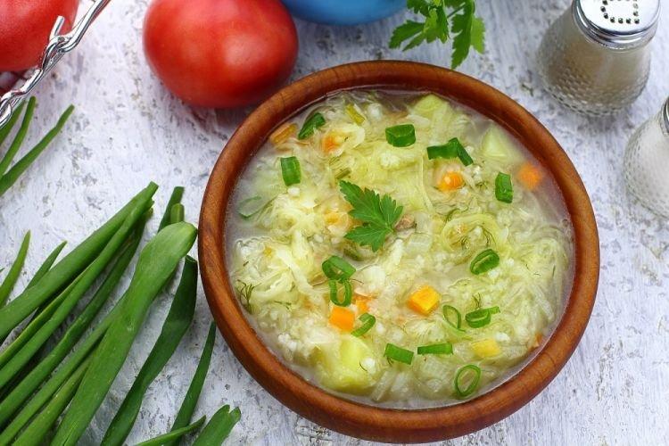 Рисовый суп с капустой