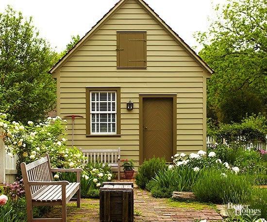 Красивый маленький домик.