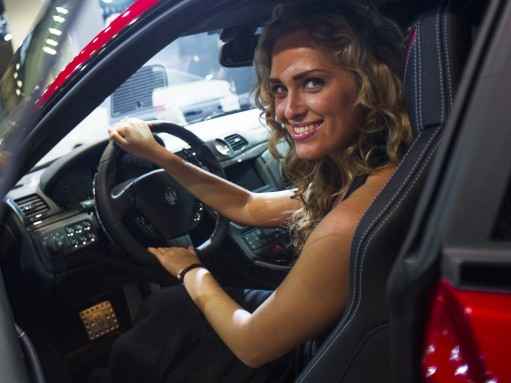 Половина россиянок оценивают мужчину по его автомобилю