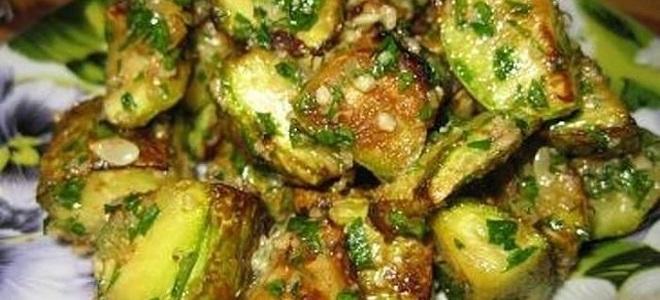 салат из жареных зеленых помидор на зиму