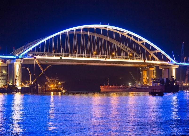 Иностранцы позитивно высказались об окончании строительства Крымского моста