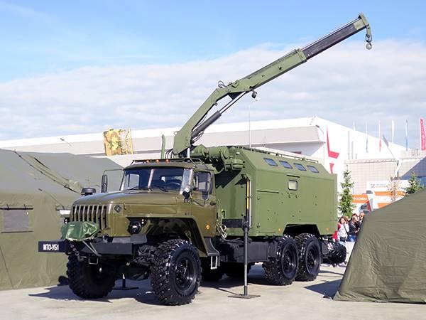 В подразделения МТО Западного военного округа поступили новые машины МТО-УБ-1 и УБ-2