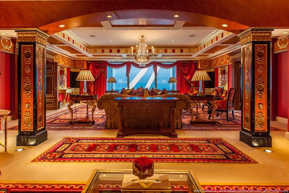 BurjAlArab32 Золото для шейхов и олигархов: самый дорогой номер в семизвездочном отеле Burj Al Arab