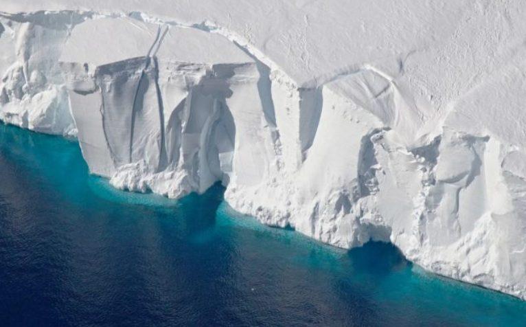 Как тает Антарктида