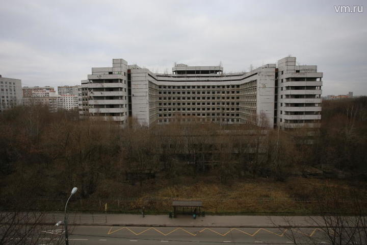 Снос Ховринской больницы стал дешевле почти в 2,5 раза