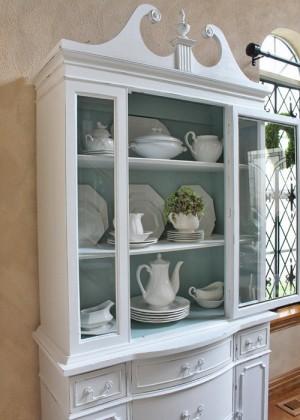 12-secrets-of-vintage-cupboard8-1