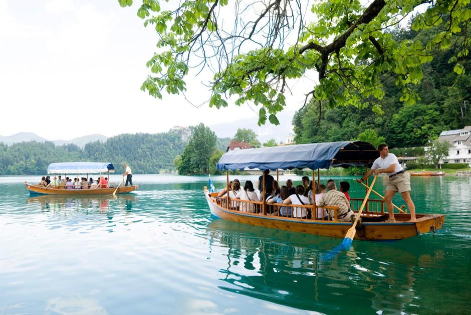 Лучшие озера для летнего отпуска