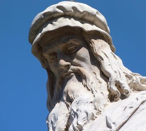 Леонардо да Винчи страдал от косоглазия?