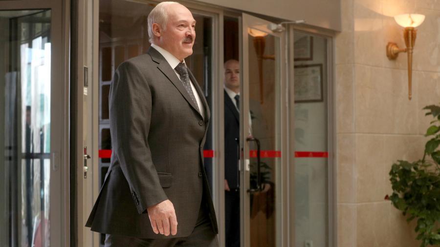 Лукашенко посмеялся над словами о включении Белоруссии в состав России