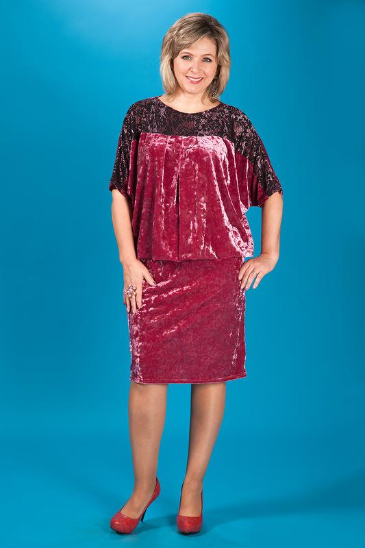 Платье для полных из велюра