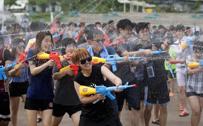Вот так в Южной Корее жара, лето, сиеста