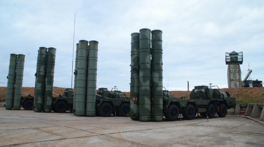 Россия перебросила в Крым еще С-400