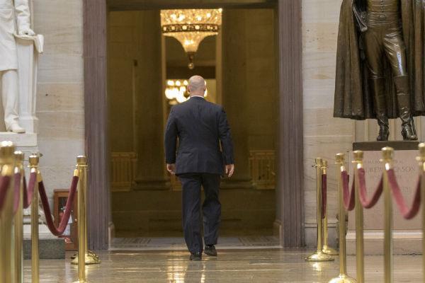 Белый дом в США перестал принимать звонки и включил автоответчик