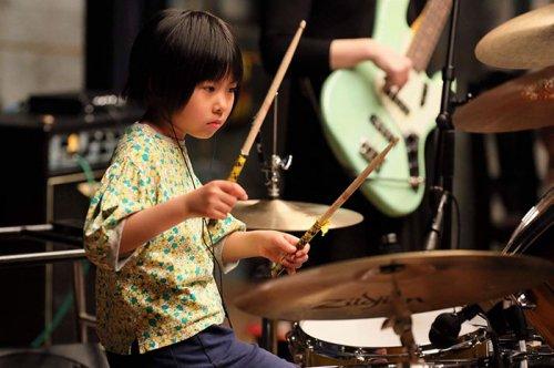 Восьмилетняя японка мастерск…