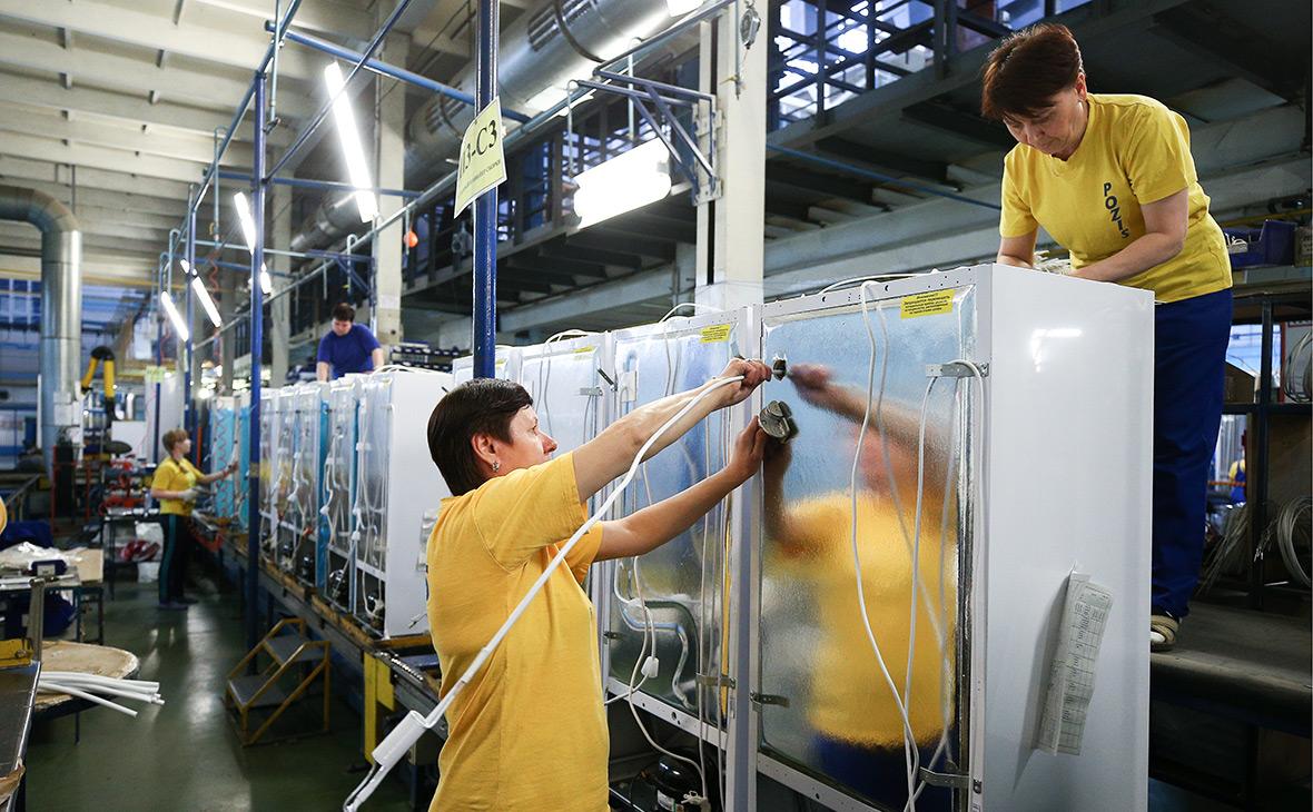Без холодильников, телевизоров и гаджетов: Производители техники пригрозили свернуть работу в России из-за санкций