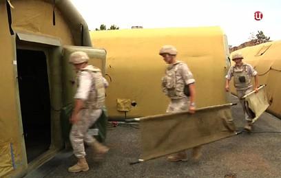 Российских военных врачей наградили за работу в Сирии