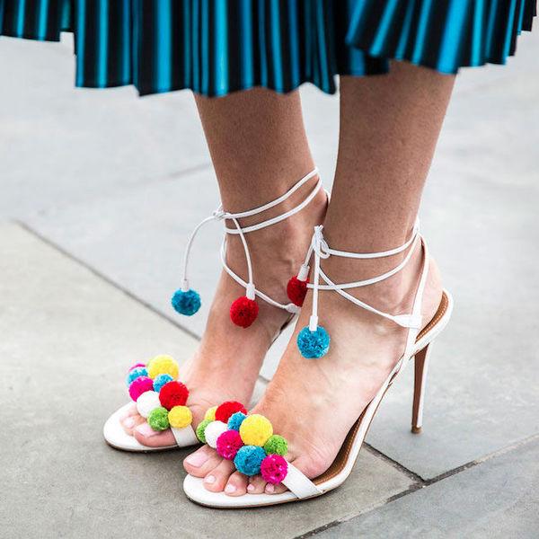 Гид по самой модной летней обуви 2017: что такое д'орсэ, флип-флоп и слингбэк?