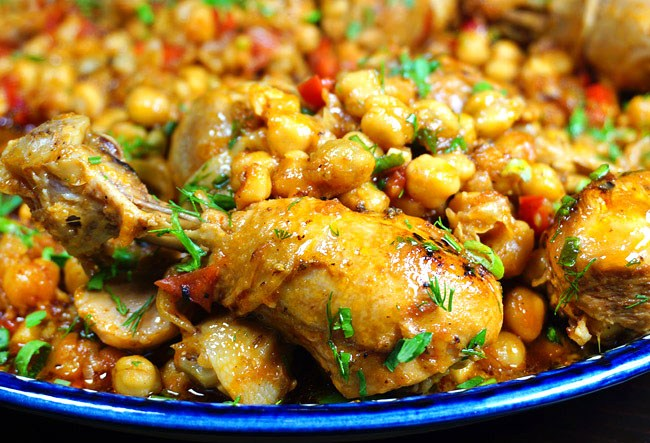 жаркое с курицей и нутом от www.dunduk-culinar.ru