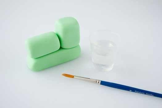 Паровоз. Лепка из пластилина для детей