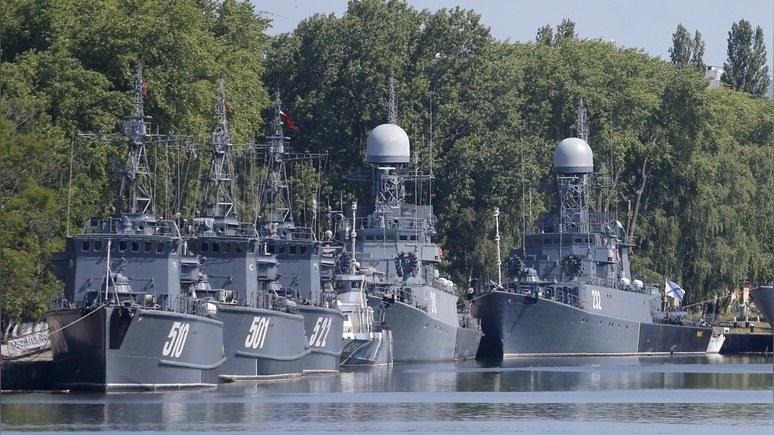 Путин усиливает Калининград,…