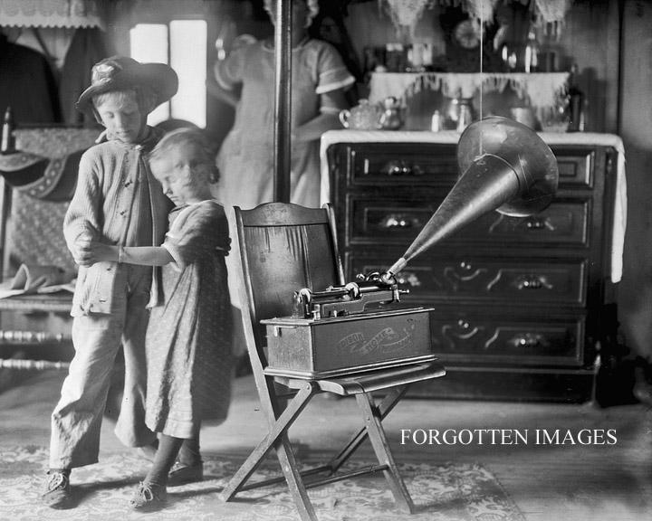 Звукозапись до грампластинок.Говорящие куклы и фонограф Эдисона.
