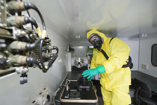 В Китае одобрили вакцину от Эболы