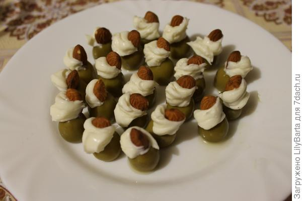 оливки с начинкой