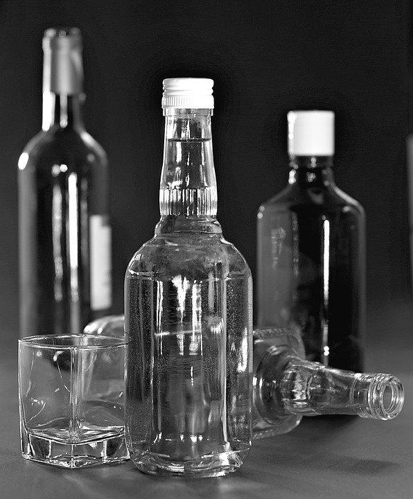 В Петербурге 14-летний подросток выпил литр водки и оказался в реанимации