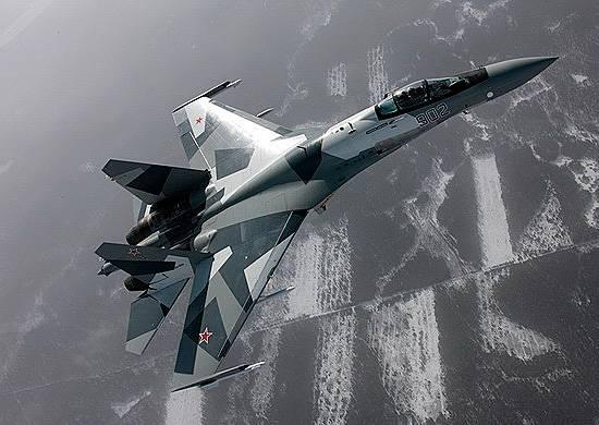 Су-35С сошлись в ближнем воздушном бою с Су-30СМ