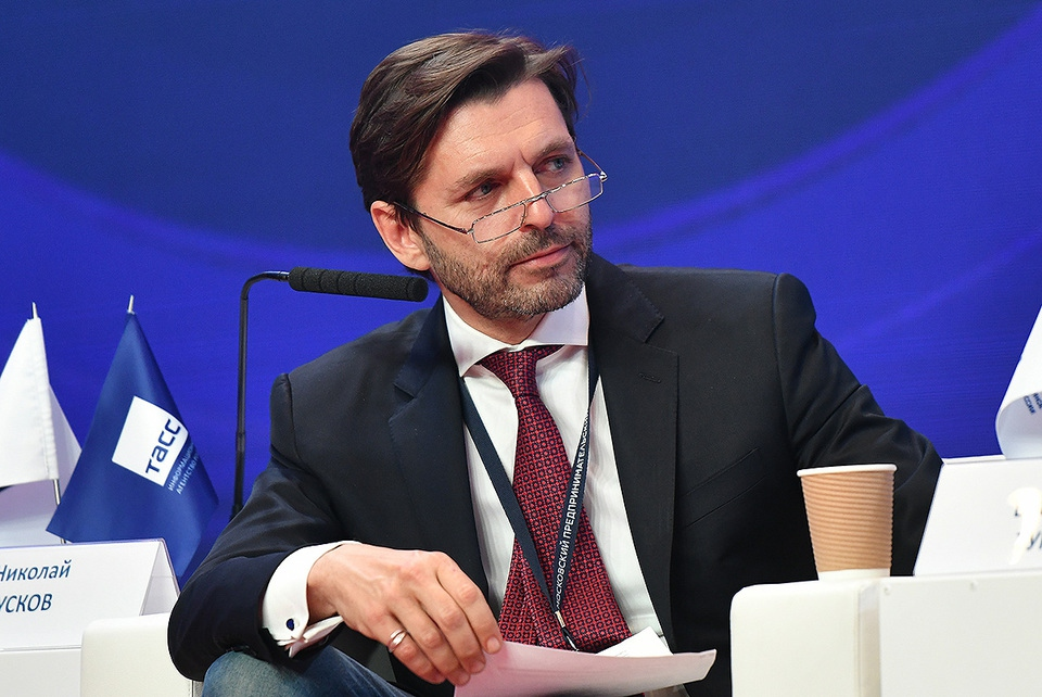 Главного редактора Forbes ув…