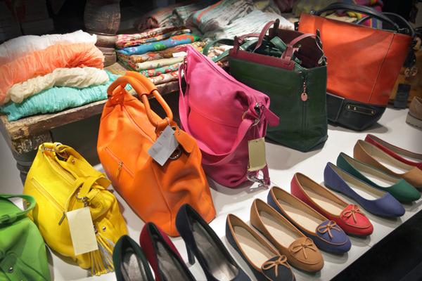 Купить модную женскую одежду и обувь
