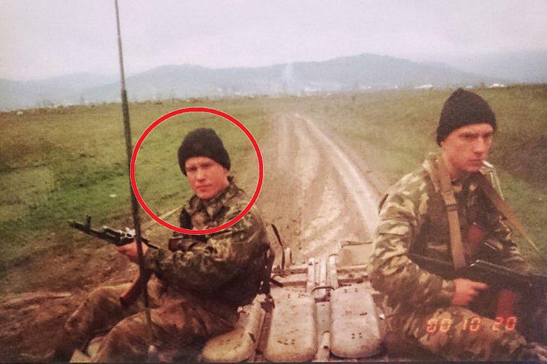 Женщина спустя 18 лет разыскала владельца дембельского альбома из Чечни через объявление в соцсетях