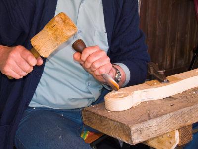 http://3.bp.blogspot.com/-1zKxCQGDIpo/TzyzJoc3_hI/AAAAAAAACD8/Zqs_cI-HdD4/s1600/wood-carving-chisels.s600x600.jpg