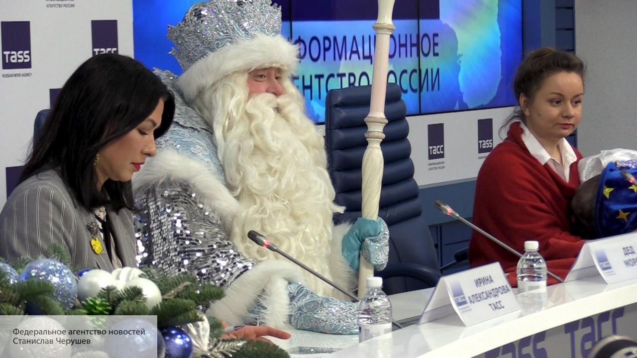 Российские звезды рассказали, что они бы попросили у Деда Мороза