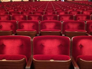 В Лондоне зрителей эвакуировали из театра из-за сообщения о бомбе