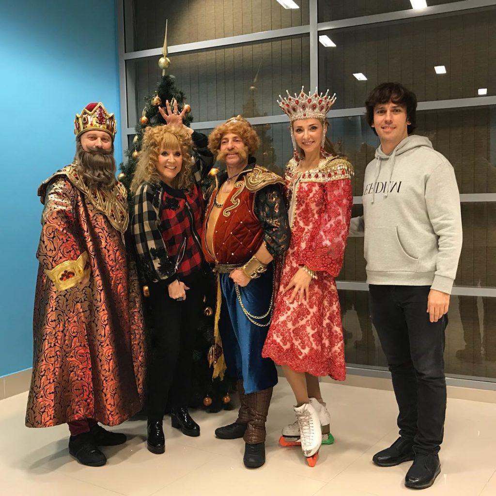 Новый молодежный образ 68-летней Аллы Пугачевой поклонники назвали комичным и нелепым