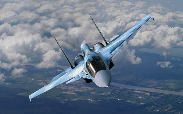 «Адский утенок»: бомбардировщик Су-34 за 60 секунд