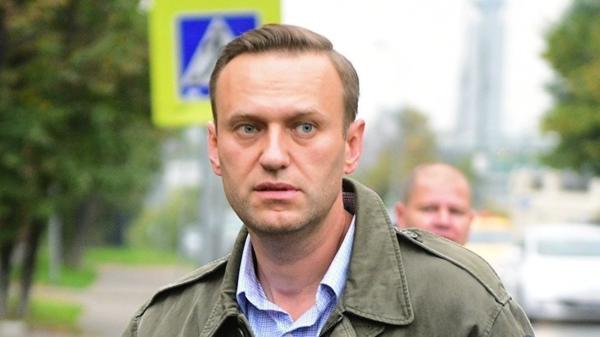Виктор Золотов поставил Навального на место
