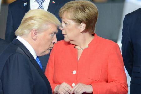 Слом: Вопрос существования НАТО вынесен на обсуждение