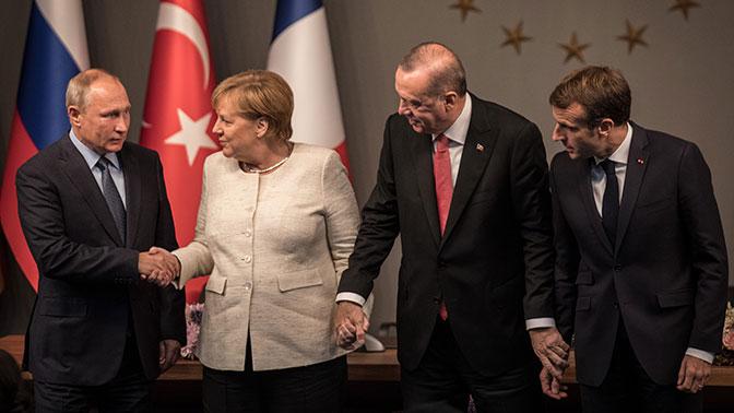 Меркель пристыдили за «излишнее дружелюбие» к Путину