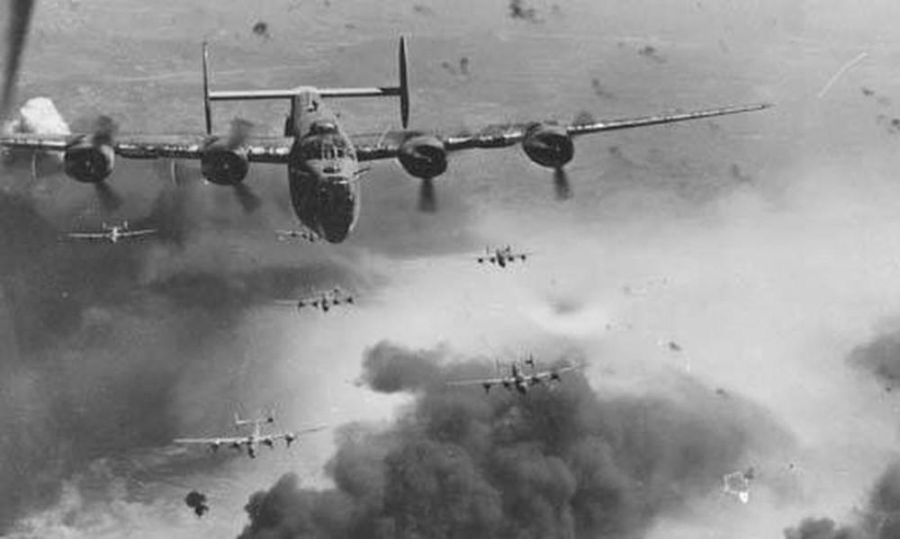"""Немыслимое. В 1945 """"союзники"""" планировали стереть русские города с лица земли"""