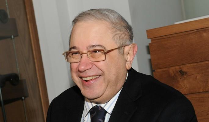 Бросивший Степаненко Петрося…