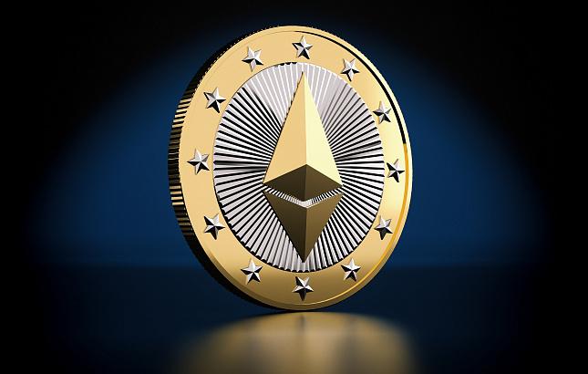 «Эфир» как средство от «биткоинового сумасшествия». Чем Россия ответит на криптовалютный ажиотаж