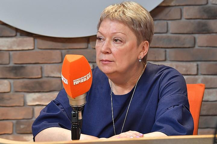 """Министр Васильева - об усыновлении детей родителями с ВИЧ: """"Я далека от этой идеи"""""""