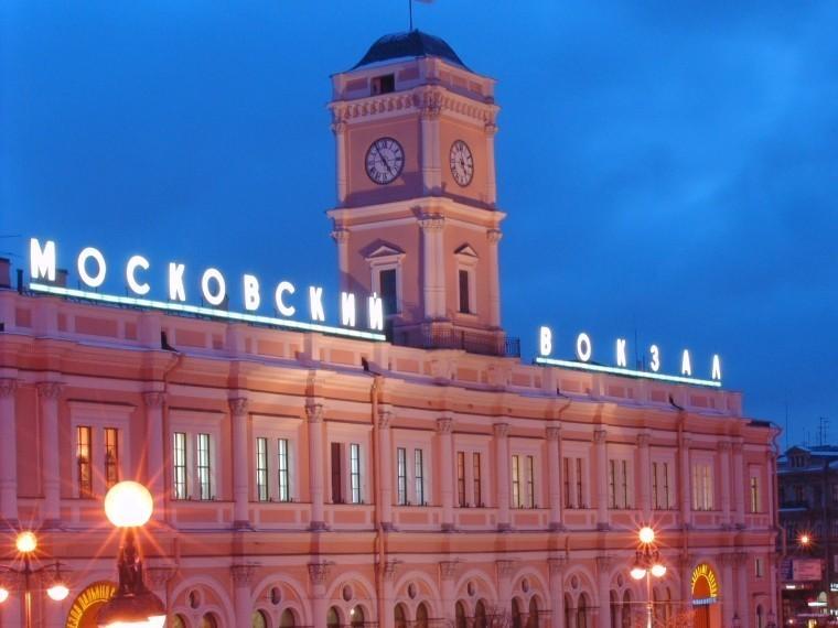 Студенты–иностранцы должны покинуть Петербург втечение трех суток
