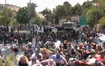 Палестина разорвала официальные контакты с Израилем