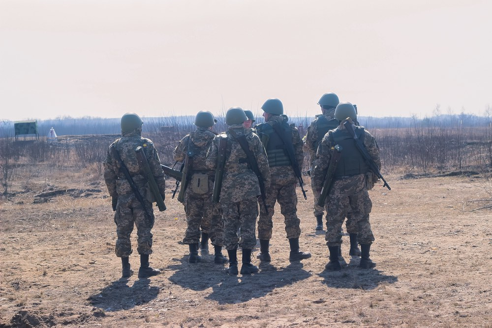Фронт внутри Украины: Ярош о…