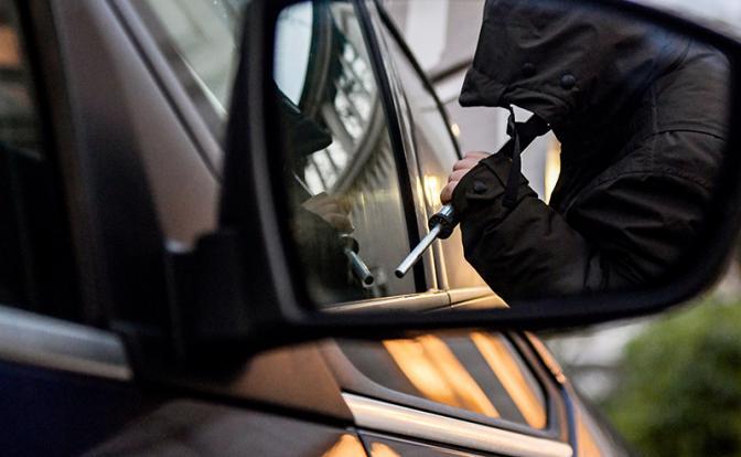 Как водители «дарят» свои машины угонщикам