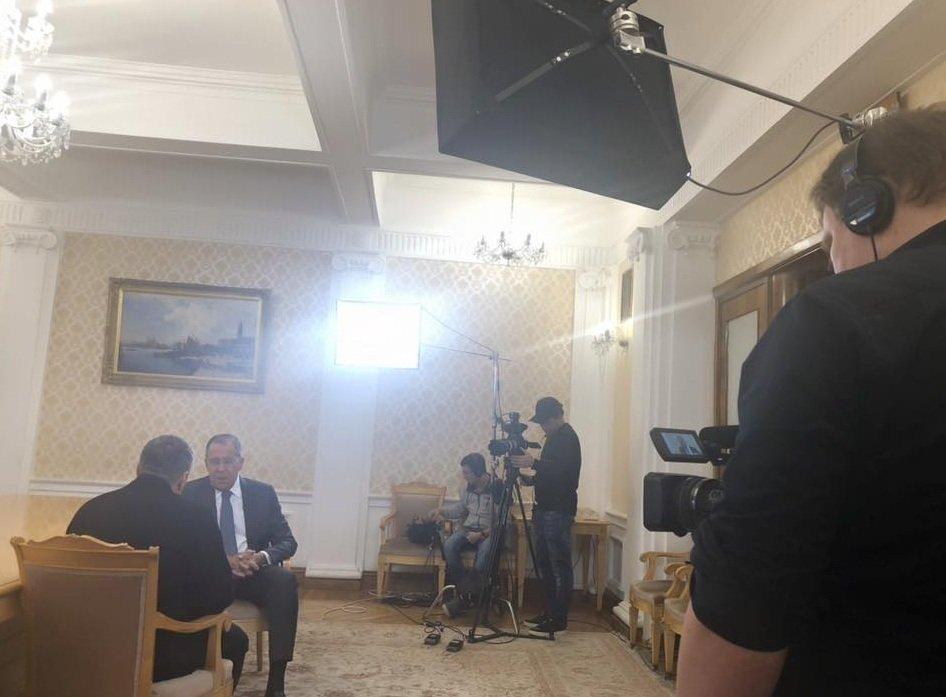 Лавров: в американском обществе нет запроса на русофобию, но антироссийская линия агрессивно навязывается